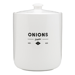 Staples Foundry Onion Keeper 17cm x 17cm x 22.5cm